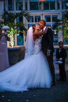 Brooklyn Botanical Garden Wedding-Kesha Lambert #kiss #firstkiss #wedding