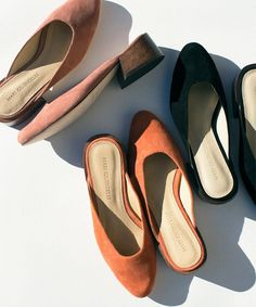 Brazilian born modelMari Giudicelli had just graduated from New York's Fashion Institute of Technology before startingher eponymous shoe label. Inspired by her love of vintage wares and appreciation for utilitarian comfort, her first collection has launched withonly four simple silhouettes