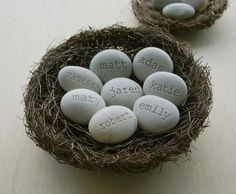 Personalized family gift -  Set of 8 name stones - Mom's Nest (c) by SJEngraving