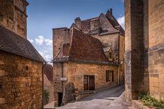 Village de Saint-Cyprien, Perigord Noir France Area, Dordogne, Deep Forest, Middle Ages, Wonderful Places, Provence, Facade, Medieval, Places To Visit