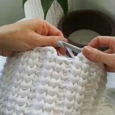 How I ended the round and started the next one ... ... Crochet basket made of t shirt yarn @hoooked.zpagetti . . . #video #crochetvideo #crochetbasket #tutorial #crochettutorial #videotutorial #handmade #tshirtyarn #hoookedzpagetti #cottonyarn #design #crochetaddict #inspiration #crochetinspiration #plexi #interior #homedecor #haken #häkeln #uncinetto #videouncinetto #kukičanje #košare #kukičanekošare