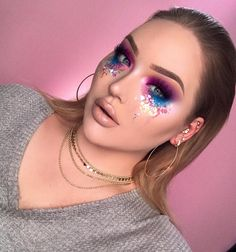 Pɪитєяєsт: ʗιɴɗɛяɞɛʟʟα halloween makeup, halloween ideas, eye makeup tips, gem makeup, Gem Makeup, Rave Makeup, Fairy Makeup, Eye Makeup Tips, Makeup Videos, Makeup Inspo, Makeup Art, Makeup Inspiration, Makeup Tricks