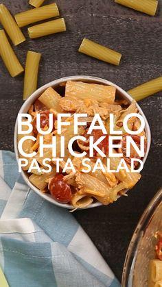 Buffalo Chicken Pasta Salad, Chicken Pasta Salad Recipes, Easy Pasta Salad Recipe, Shredded Chicken Recipes, Cold Pasta Recipes, Shredded Buffalo Chicken, Buffalo Chicken Recipes, Ramen, Appetizer Recipes