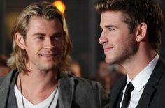 Chris Hemsworth and Liam Hemsworth at the premiere of The Hunger Games Hemsworth Brothers, Liam Hemsworth, Lady Gaga Sister, Celebrity Siblings, Love My Man, Celebs, Celebrities, Jennifer Lawrence, Hollywood Stars