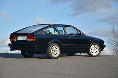 Alfa Romeo Gtv6, Alfa Gtv, Alfa Alfa, Classic Sports Cars, Classic Cars, Sport Cars, Modern Classic, Grand Prix, Cars And Motorcycles