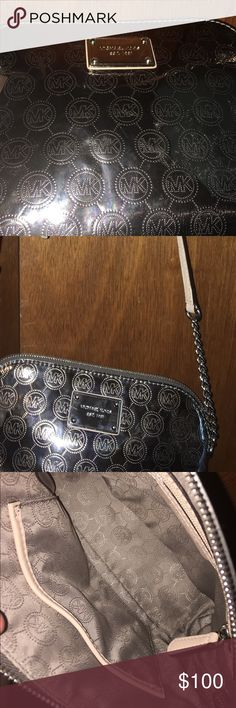 Michael kors brand new bag. Genuine Michael kors bag. Originally $258 Michael Kors Bags Shoulder Bags