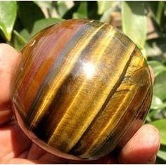 Tigers eye is found in various colours including red, brown, yellow, black & blue. Helpful for those seeking clarity; it can be used to help the development of psychic abilities. As well as assisting grounding, it also contains an energy that works through the solar plexus to enhance the psychic & intuitive process. It produces soothing energies & creates a calmness that allows one to enjoy life.