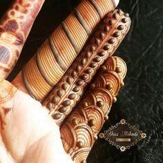 46 Ideas for bridal mehendi designs beautiful fingers Finger Mehendi Designs, Basic Mehndi Designs, Khafif Mehndi Design, Indian Henna Designs, Mehndi Designs For Girls, Dulhan Mehndi Designs, Mehndi Design Photos, Wedding Mehndi Designs, Mehndi Designs For Fingers