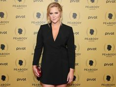 Amy Schumer joins rapper Talib Kwali on stage in Chicago and shows off her rap skills - People - News - The Independent