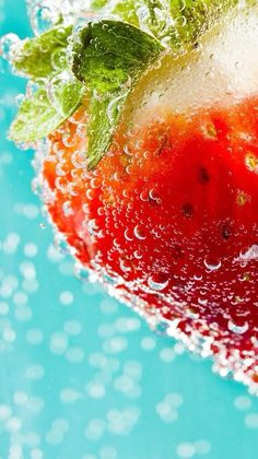 Food Backgrounds, Wallpaper Backgrounds, Iphone Wallpaper, Fruit Photography, Creative Photography, Cute Fruit, Food Wallpaper, Summer Wallpaper, Belle Photo