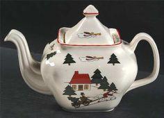 Mason's Christmas Village (Scalloped) Teapot & Lid