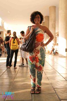 Lais de Oliveira e a vibe tropicália