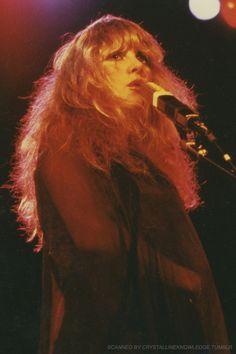 Dedicated to Stevie Nicks Look Vintage, Vintage Ladies, 70s Aesthetic, Stevie Nicks Fleetwood Mac, This Is Your Life, Celebs, Celebrities, Pretty People, Rock And Roll