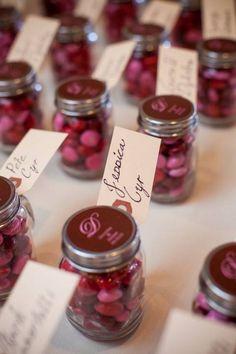 5 Last Minute Valentine's Day Wedding Favor Ideas - Inspired Bride