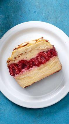 Tastemade | Gâteau aux pommes et framboises ~ Recette