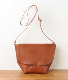 candystorecollective.com >> leather purse