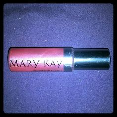 New Mary Kay lipgloss In shade coral rose. In .27 fl. Oz. Bottle. Can buy at set price or free with any be testy Johnson purchase this weekend only. Mary Kay Makeup Lipstick