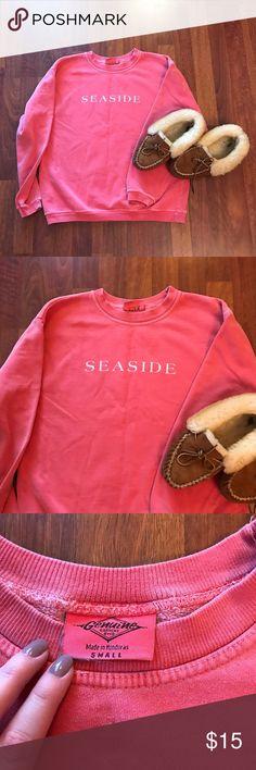 VINTAGE Seaside Florida sweatshirt! Coral Seaside Florida sweatshirt! I got this on one of my many spring break trips in the early 2000s 😉 Sweaters Crew & Scoop Necks