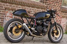 Kawasaki GPZ550 :: Cornholio. | 8negro