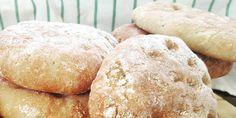 Grove polarbrød med masse smak passer til en hver anledning. Bruk dem med pålegg eller del dem og bruk dem som hamburgerbrød eller fyll med kylling og salat - godt er det uansett!