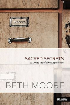 LifeWay Women All Access — 5 Bible Studies to Start the New Year Right. I want to read this Beth Moore!