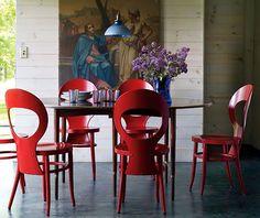 Dança das cadeiras na sala de jantar. Veja: http://www.casadevalentina.com.br/blog/detalhes/danca-das-cadeiras-na-sala-de-jantar-3115 #decor #decoracao #interior #design #casa #home #house #idea #ideia #detalhes #details #estilo #casadevalentina #diningroom #saladejantar