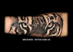 Tiger Tattoo Black and White (year - Tattoo Portal Tattoo Life, Tattoo Art, Tiger Tattoo, Tattoo Black, Year 2016, Ink, Black And White, Eyes, Portal