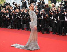 Doutzen Kroes, 2017 Cannes: En İyi Kırmızı Halı Görünümleri