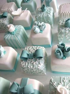 Cute little desserts for the bridal shower or the wedding ceremony