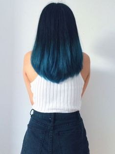 30 Blue Ombre Hair Color Ideas For Bold Trendsetters - Couleur Cheveux 02 Ombre Hair Color, Cool Hair Color, Blue Hair Colour, Dark Teal Hair, Ombre Style, Blue Style, Hair Colour Ideas, Blue Colors, Dark Blonde