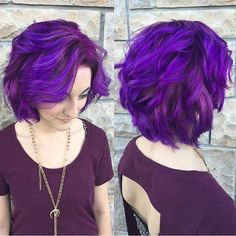 21 Looks That Will Make You Crazy for Purple Hair Having mermaid, multi-colored hair is all the rage these days and you may have noticed a little recently, StayGlam delved into the world of blue hair. Whether you're thinking of getting rid of your Spring Hairstyles, Bob Hairstyles, Bob Haircuts, Hair Color Purple, Purple Bob, Dark Purple, Short Purple Hair, Love Hair, Hair Designs