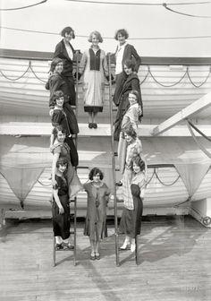 The Tiller Girls. New York circa 1925. S)