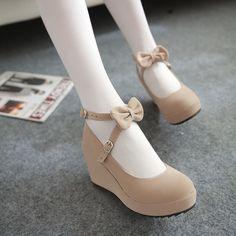 Heeled Rain Boots, Shoe Boots, Dr Shoes, Me Too Shoes, Mode Rockabilly, Mode Lolita, Kawaii Shoes, Lolita Shoes, Prom Heels