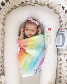 253 Likes, 4 Comments - Blankets Toddler Fashion, Kids Fashion, Baby Must Haves, Trendy Kids, Rainbow Baby, Baby Registry, Knitted Blankets, New Baby Gifts, Handmade Shop