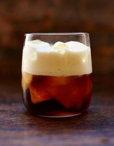 A simple, smooth mix of vodka, coffee liqueur and cream, it's a great sipping drink.