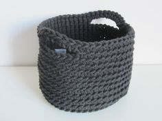 An essential crochet basket to tidy away all of those odds and ends!