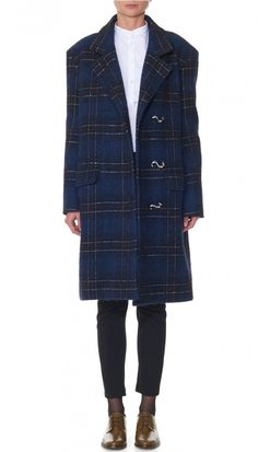 This fall-ready coat in a smart plaid pattern is cut in a textured wool blend. The generous silhouette allows for ample layering opportunities. Oversized black matte buttons with contrasting white hatch details add the finishing touch. Double front pockets and center back slit at hem. Fully lined. 52% Wool, 23% Polyester,12% Polyamide, 8% Alpaca, 5% Cotton. Professional Dry Clean Only.Style Number: F17DP95190Available in: Navy Multi