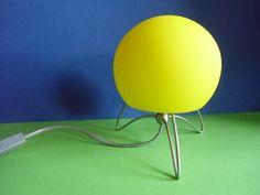 Gelbe  Lampe - Tischlampe - Kugellampe von susduett auf DaWanda.com