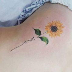 Sunflower tattoo tatuaggi sunflower tattoos, amor tattoo e t Sunflower Tattoo Sleeve, Sunflower Tattoo Shoulder, Sunflower Tattoo Small, Sunflower Tattoos, Sunflower Tattoo Design, Sunflower Art, Watercolor Sunflower Tattoo, Shoulder Tattoo, Trendy Tattoos