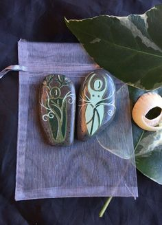 Spiral GOD & GODDESS Altar Stones with Pouch by wildseawitch