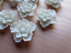Flower Cabochons in White 22mm  5 pcs for Bridal by MaryNotMartha, $4.25