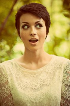 Pixie Haircut: 23 Stages of Chopping Off Your Hair | Beauty High
