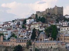"""Οι δικές μας.. """"χίλιες και μία νύχτες"""". Το πρώτο ξενοδοχείο στην Ελλάδα που λειτουργεί σε ιστορικό χώρο."""