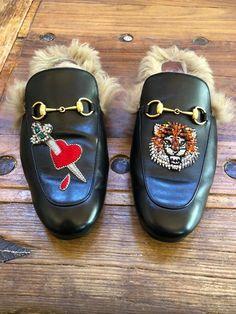 f2898d4d00b Gucci Princeton Appliqué Leather Slippers Men Sz  12