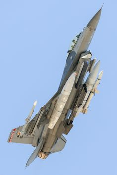 A loaded for a training sortie with 2 x 370 TKs on stations 4 and an on the centerline, on 1 and on 2 and a HTS pod on the port cheek station and a Lightning Advanced Targeting pod on the starboard chee Airplane Fighter, Fighter Aircraft, Military Jets, Military Aircraft, Air Fighter, Fighter Jets, Reactor, F 16 Falcon, Aircraft Photos