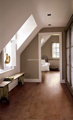 Love the wall colour with the white skirting board!