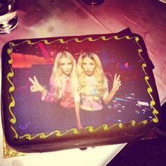 .@rebeccafiona | Cake cake cake | REBECCA & FIONA Webstagram - the best Birthday cake #home #music #djs #edm