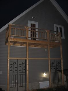 Best Eagle Ridge 2 Story Garage With Outside Stairs Attic 400 x 300