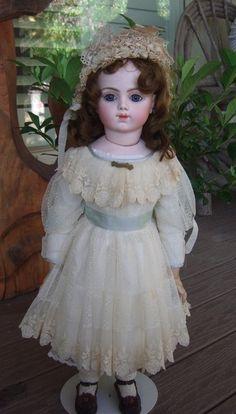 """23"""" Bru Jne Antique Doll Chevrot Body w/Orig Bru Shoes"""