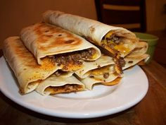 {Kaitlin in the Kitchen}: Taco Roll-Ups